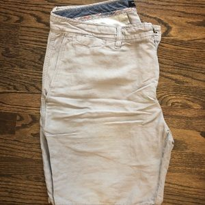 Banana Republic men's linen grey short